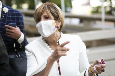 El segundo testigo en el caso contra Sandra Torres dijo que le indicó a quién vender taquillas de la campaña de Rosselló