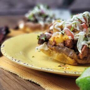 Celebra en Cantina Carnitas Mexicana