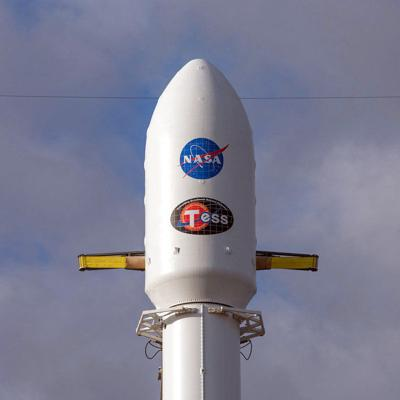 NASA escoge a SpaceX para próximos descensos en la Luna