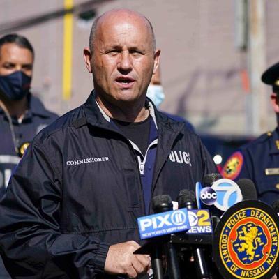 Un jefe de la Policía en Nueva York no renunciará a pesar de estar envuelto en polémica por falta de diversidad
