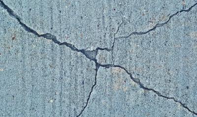 Al menos 11 muertos por sismo de magnitud 6.0 al sur de China