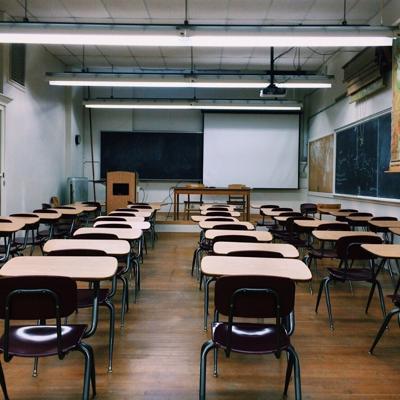 Alabama: Piden despido de tres profesores por fotos polémicas
