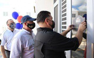 """Inauguran primera planta de producción de carne """"kosher"""" en la Isla"""