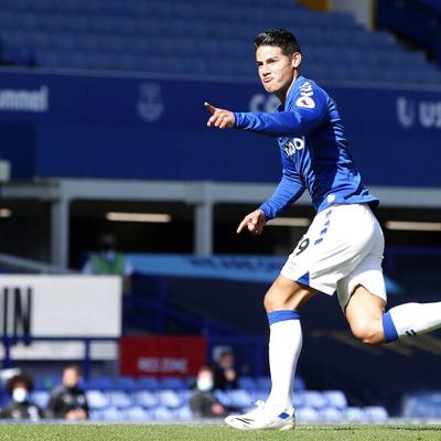 James Rodríguez brilla en triunfo del Everton