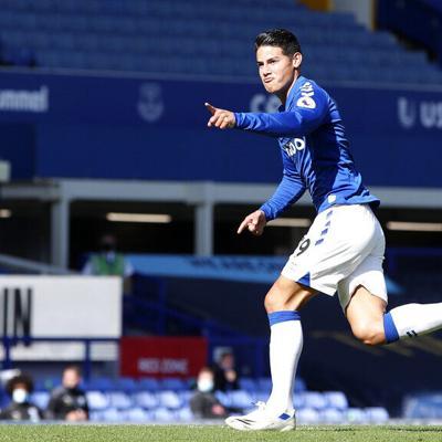 James Rodríguez brilla en triunfo del Everton