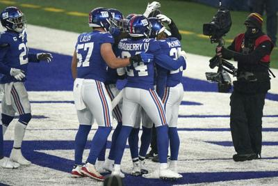 Giants eliminan a los Cowboys de Dallas