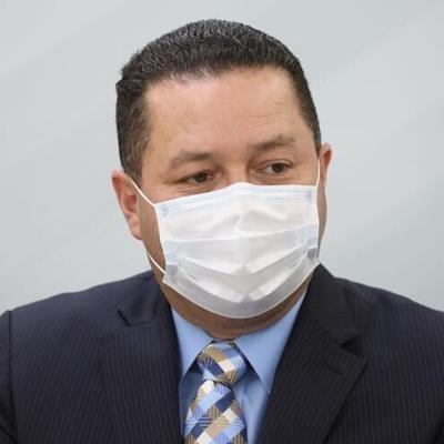Ángel Pérez informa que tiene covid-19