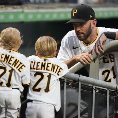 Pittsburgh recuerda el legado de Roberto Clemente