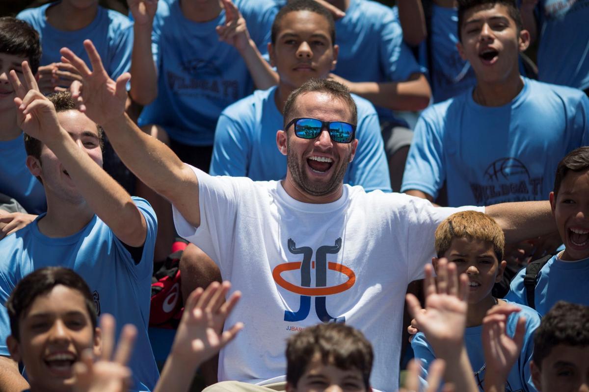 José Juan Barea Y Su Fundación Deportes Elvocerocom