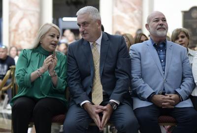 Gobernadora no ve amenaza a las foráneas