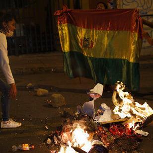 Bolivia: Disturbios tras ventaja de Morales en conteo rápido