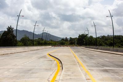 Inauguran extensión en Avenida Degetau en Caguas