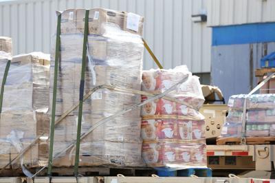 Gobernadora admite que sabía de existencia de almacenes de Nmead