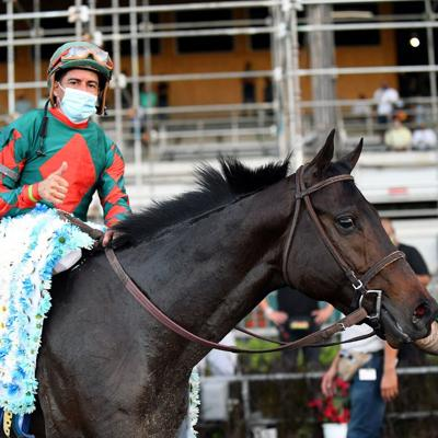 Super Strong inicia su ruta hacia el Kentucky Derby