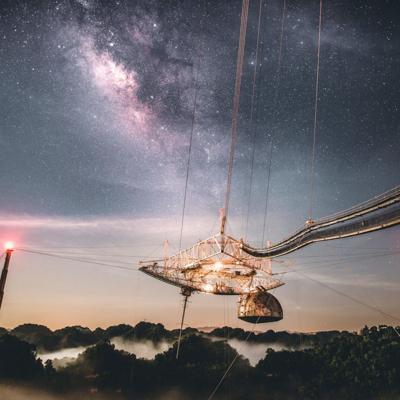 Equipo internacional de científicos halla sistema estelar con radiotelescopio de Arecibo