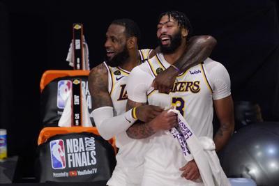 La NBA toma respiro con una gran incógnita