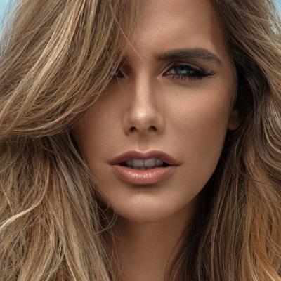 Ángela Ponce se despide de su título como Miss España