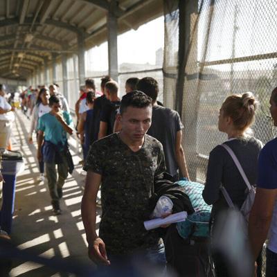 Estados Unidos da esperanza a migrantes rechazados de Matamoros