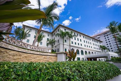 Hotel-Condado-Vanderbilt-Entrada.jpg