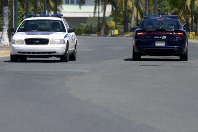 Policía patrullas agentes