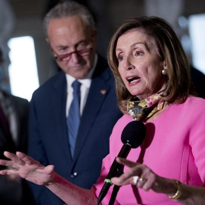 Pelosi: Amenazas de China y Rusia no son iguales