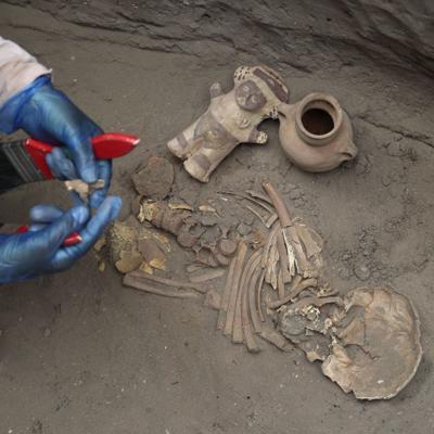 Red de gas se encuentra con restos arqueológicos de Lima