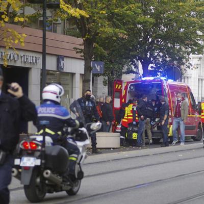 Tres muertos en ataque con cuchillo en una iglesia francesa