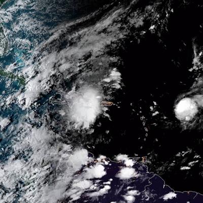 El huracán Jerry se aleja más de Puerto Rico