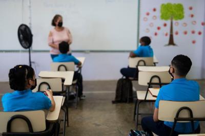 El Colegio de Optómetras orienta a los maestros para identificar problemas visuales en menores de edad