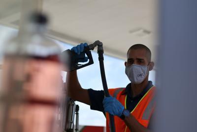 El DACO encuentra productos expirados durante inspección a estaciones de gasolina