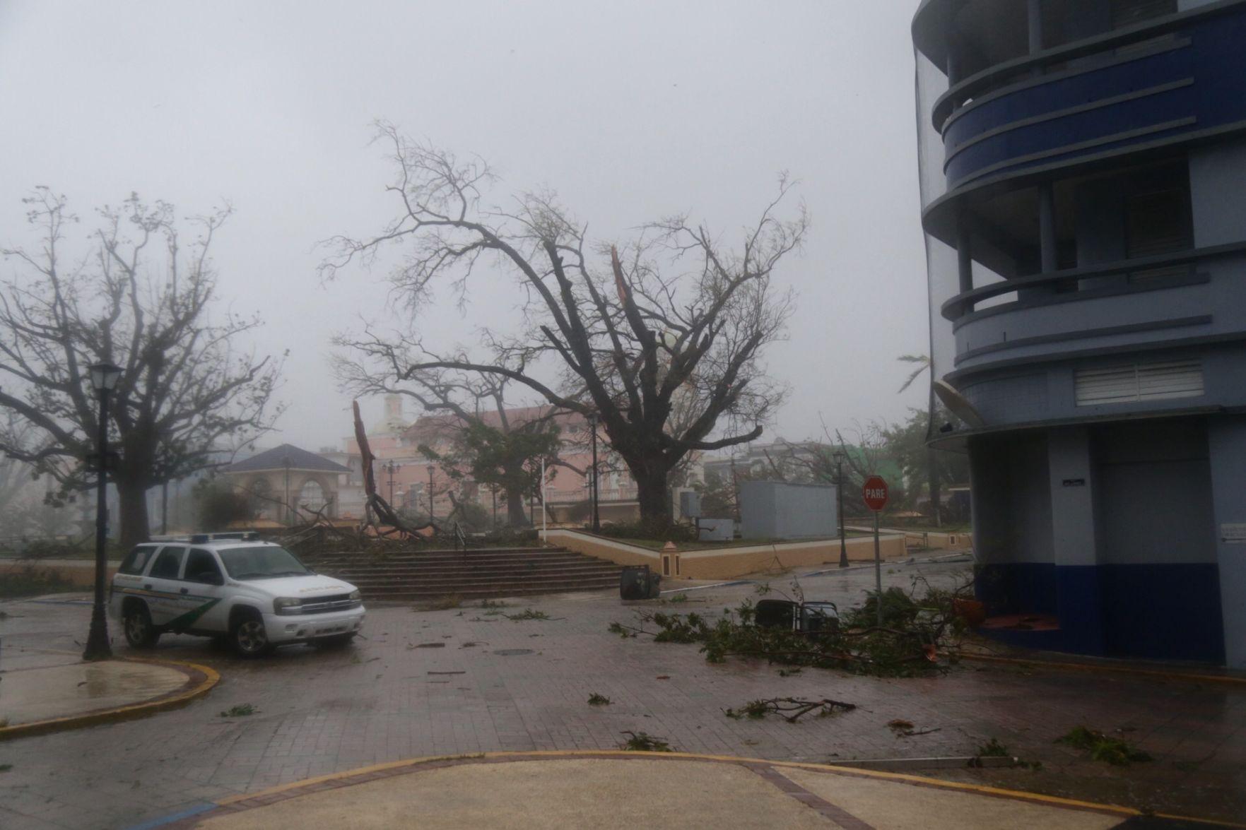 El 100% de Puerto Rico se encuentra sin electricidad: Agencia de Emergencias
