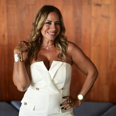 Melina León lanza tema para empoderar a las mujeres