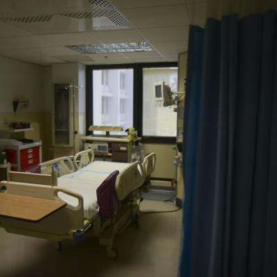 Urgen 'lockdown' para evitar colapso de hospitales en la Isla