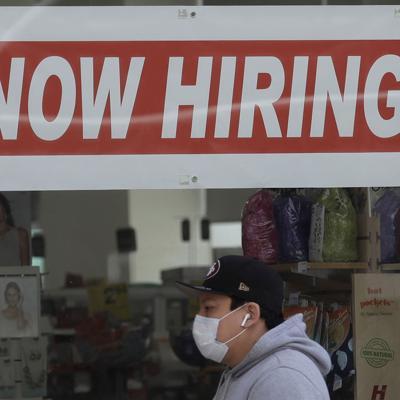 """Desempleo de jóvenes crearía una """"generación de cuarentena"""""""