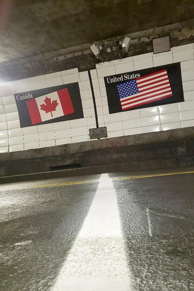 Estados Unidos extiende las restricciones en sus fronteras terrestres con México y Canadá