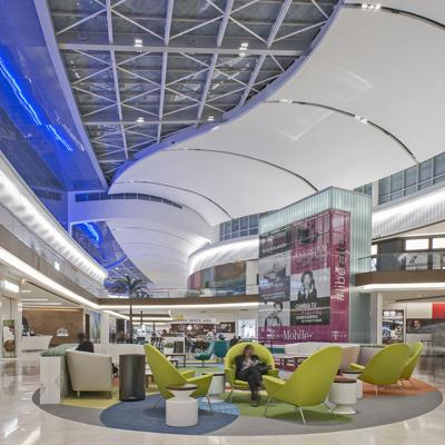 Mall of San Juan establece programa de beneficios para adultos mayores