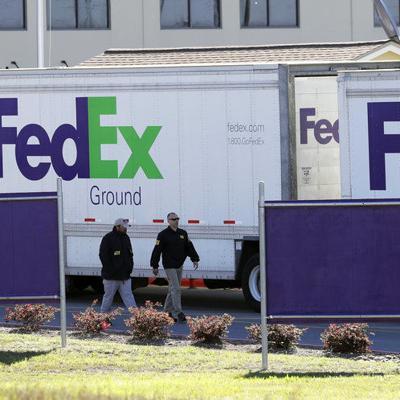 Repartidor de Fedex recibe grata sorpresa y la hace viral
