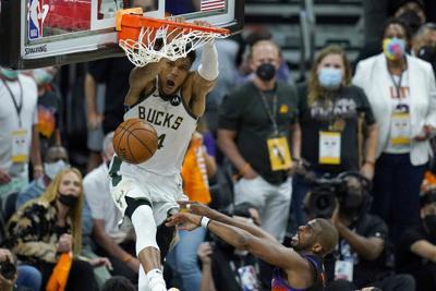 Los Bucks superan a los Suns y dan la vuelta a las Finales