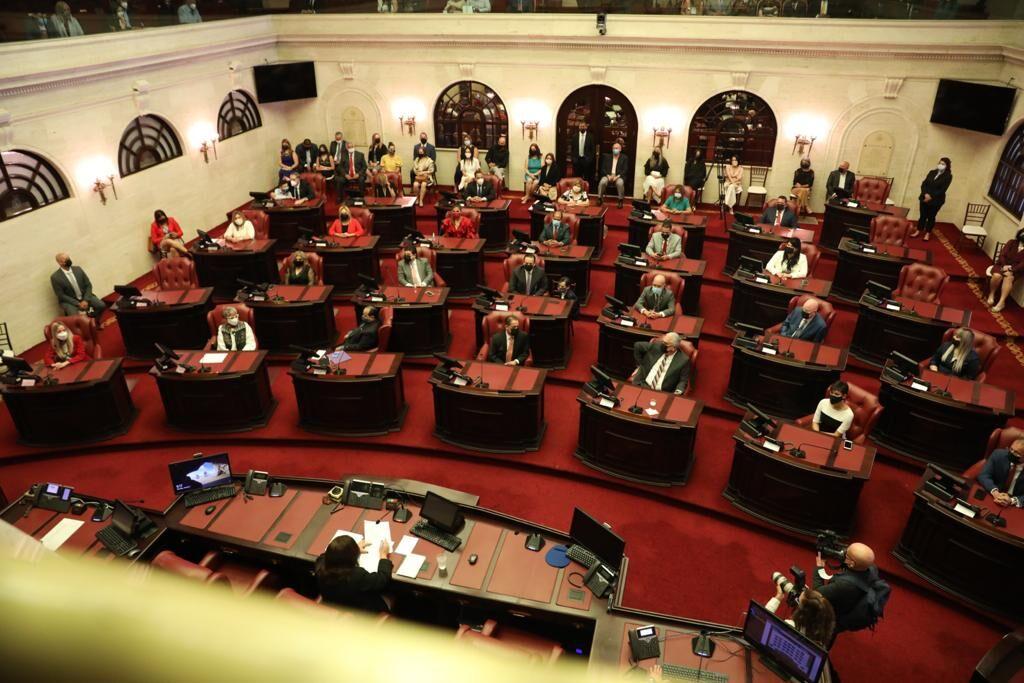 Juramentan los nuevos senadores