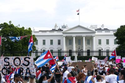 Joe Biden desea aumentar el personal de embajada en Cuba