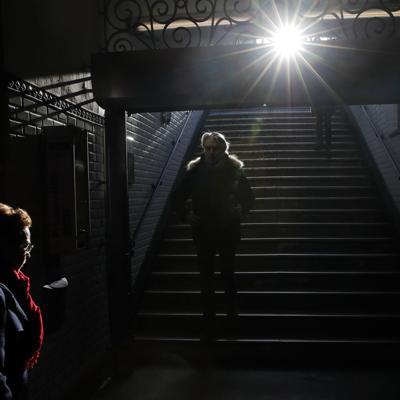 Inicia polémico debate sobre reforma pensionaria en Francia
