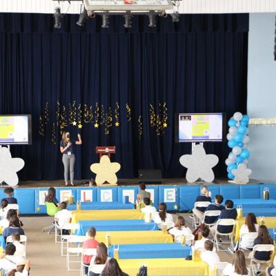 Robinson School reanuda clases presenciales