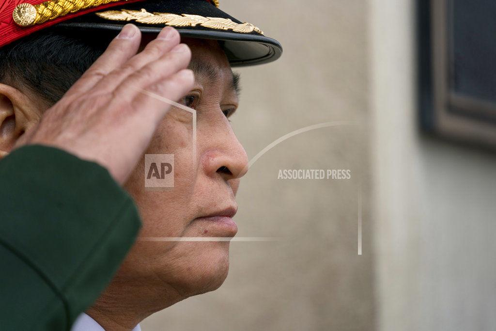 6 muertos por mortero que data de la guerra — Vietnam