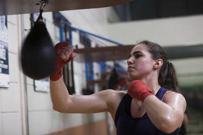 Desigualdad económica preocupa a medias a boxeadora Stephanie Piñeiro