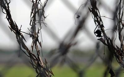 Rapero es castigado por hacer baile en la cárcel