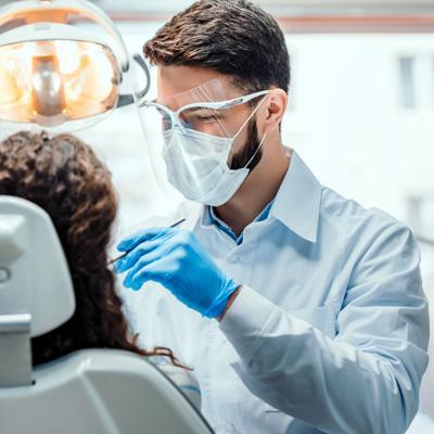 ¿Se debe visitar el dentista durante la pandemia?