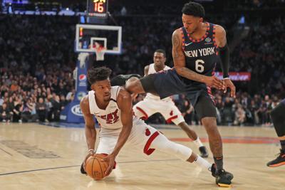 Knicks remontan para derrotar al Heat