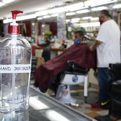 Mueren cuatro personas por beber desinfectantes con metanol