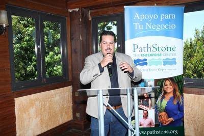 Javier E. Zapata - Director de PECI.JPG