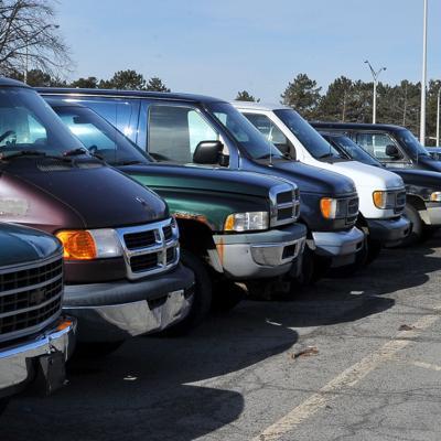 El gobierno federal donará miles de productos, equipos y hasta vehículos a ciertas organizaciones